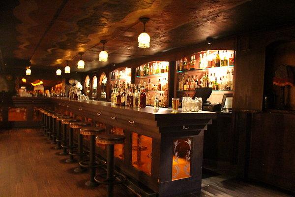 Bar 1727