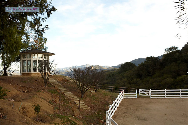 LocationsDepartment.Net Ranch 2012 115